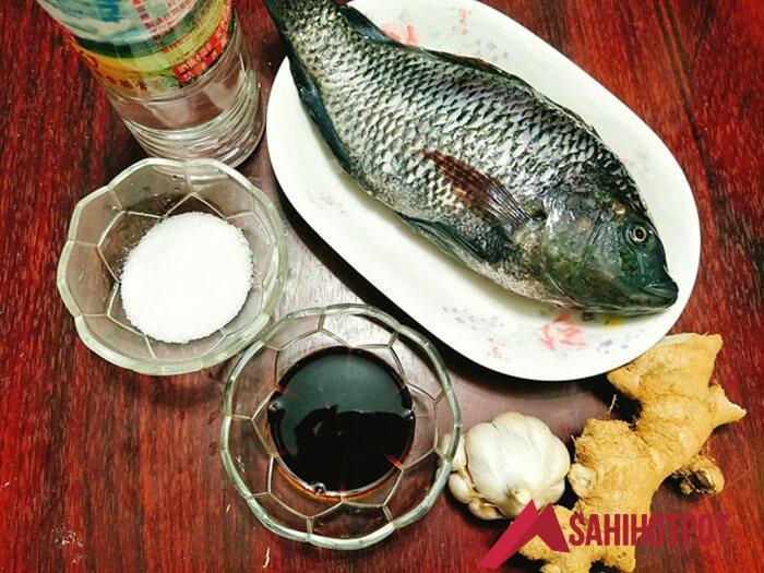 Các nguyên liệu làm cá hấp xì dầu